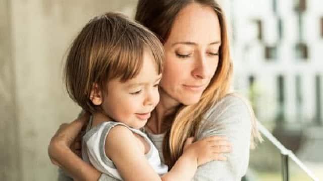 موضوع تعبير عن الام وفضلها وواجبنا نحوها