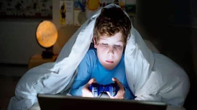 10 اضرار للالعاب الالكترونية على الاطفال