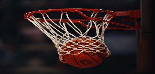 بحث عن كرة السلة ومهاراتها وقوانينها