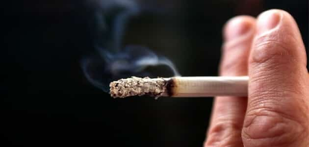 بحث عن التدخين والادمان واضرارهما