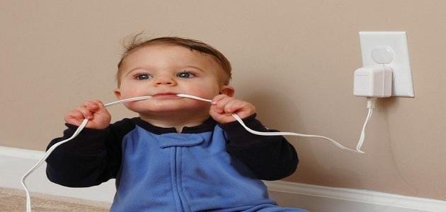 بحث عن كيفية الوقاية من مخاطر الكهرباء على الأطفال