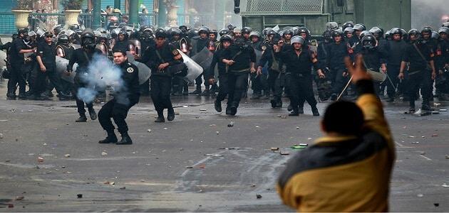 بحث عن ثورة 25 يناير واسبابها ونتائجها