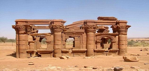 بحث قصير عن اسماء حضارات مصر القديمة