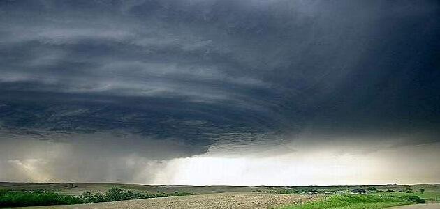 موضوع عن انواع الرياح وكيفية الاستفادة وتفادي الخسائر منها