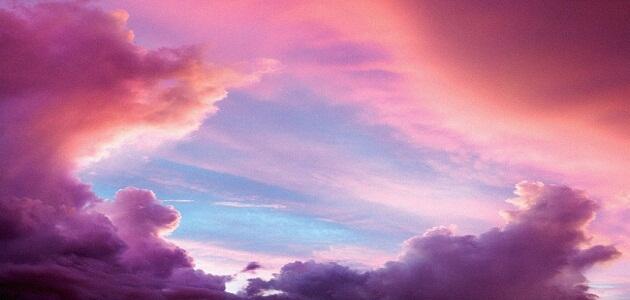 ما لون السماء الحقيقي