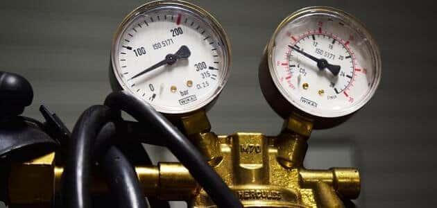ماذا يحدث عند ضغط الغاز