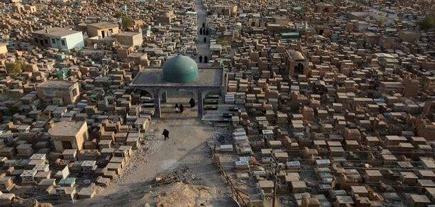 ما هي أكبر مقبرة في العالم وأين تقع