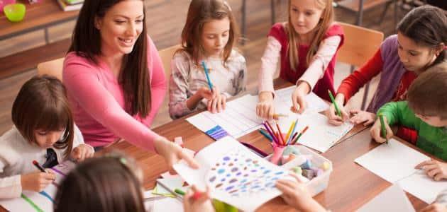 اهمية تعليم الفتاة في المجتمع