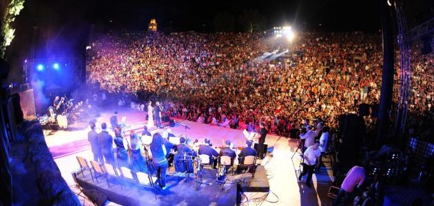 اين يقام مهرجان قرطاج الدولي