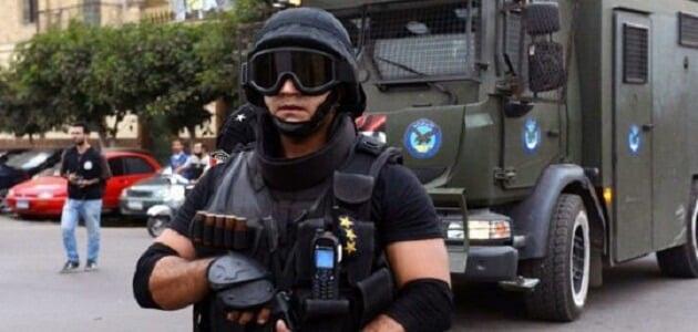 موضوع تعبير عن عيد الشرطة بالعناصر