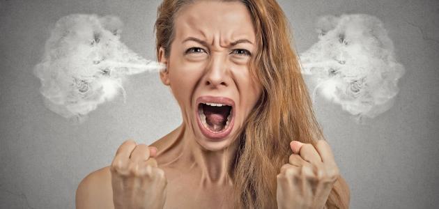 سبب العصبية الزائدة عند النساء