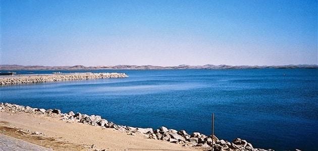 موضوع تعبير عن بحيرة ناصر
