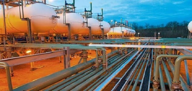 استخدامات البترول والغاز الطبيعي في حياتنا