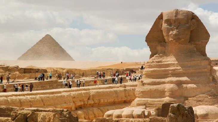 بحث عن أنواع السياحة وكيفية الاسـتفادة منها في التنمية الاقتصادية في مصر