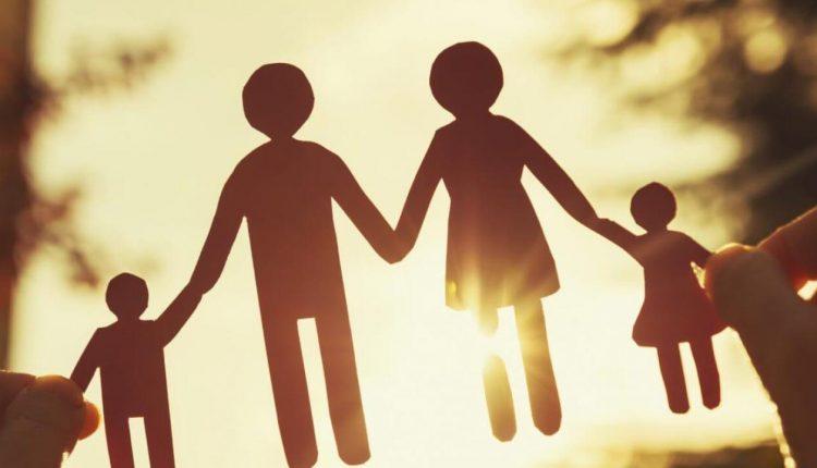 تعبير عن العلاقات العائلية