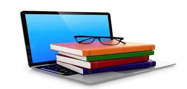 حوار بين شخصين عن الألعاب الإلكترونية والكتاب